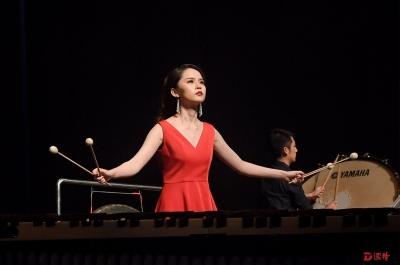 90后演奏家陈鸽用马林巴奏响古典与现代之声