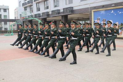 宝安首支国旗护卫队成立