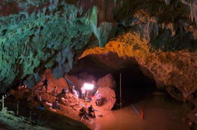4名泰国被困少年被营救出洞