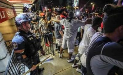 美国休斯敦抗议示威活动持续,已有200余人被捕