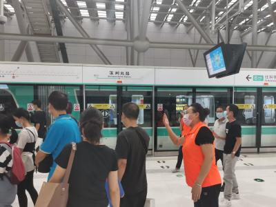 """深圳6、10号线开通""""首周"""" 安全运输322.5万人次"""