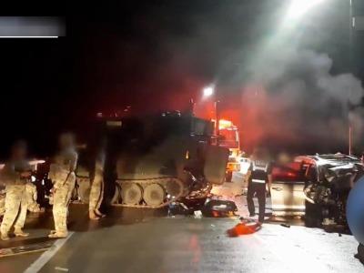 突发!美军装甲车与韩国私家车相撞,4名平民死亡