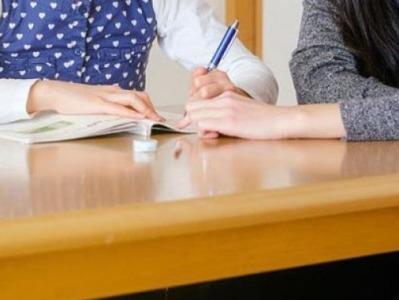 """光明日报刊文:让家长焦虑的是""""电子""""还是""""作业""""?"""