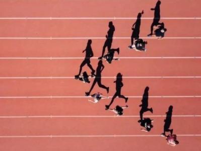 体测替考被取消学位资格,教育部:要探讨如何让学生喜欢运动