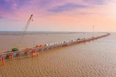 大道跨江海,通达大湾区:黄茅海跨海通道全面施工