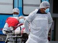 巴西研究人员说发现同时感染两种变异毒株的患者