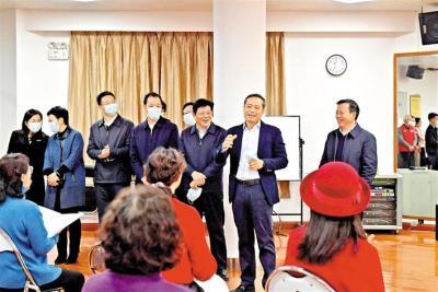 追忆奋斗岁月 展望美好未来!宝安区领导出席离退休干部代表新春座谈会