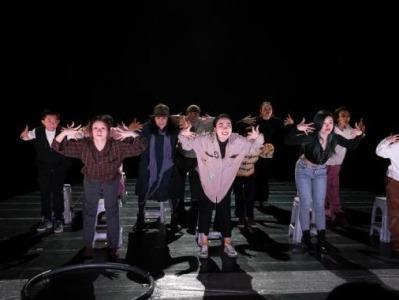 8岁到66岁的素人共舞《悠悠视界》,为什么把观众看哭了