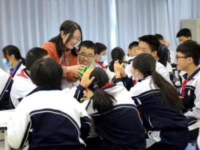 好消息!深圳今年计划新改扩建公办中小学学位10.37万个