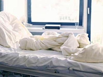 沈阳本次疫情首名患者去世:核酸转阴但患腹膜炎、脓毒性休克