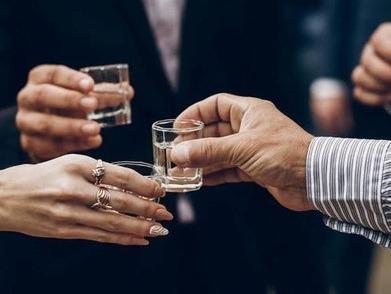 饮酒要适量!27岁深圳男子春节喝酒喝出肝衰竭!