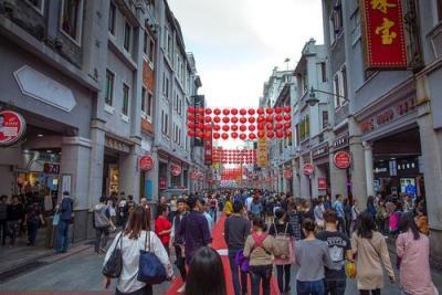 文化和旅游部提醒游客春节出游做好个人防护 减少旅途风险