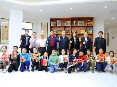 深圳市关工委领导到新安街道关心下一代之家调研