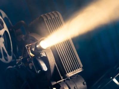 2021年全国电影工作会召开:打造献礼建党百年电影精品