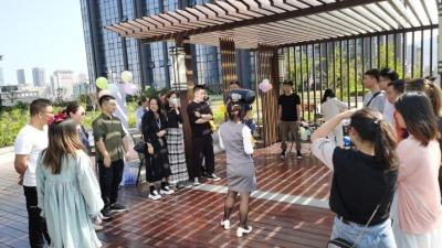 """为单身青年""""牵线搭桥""""!珠海市拱北街道两社区举办联谊活动"""