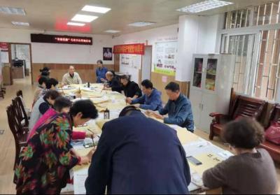 金湖社区开展长者毛笔书法学习活动