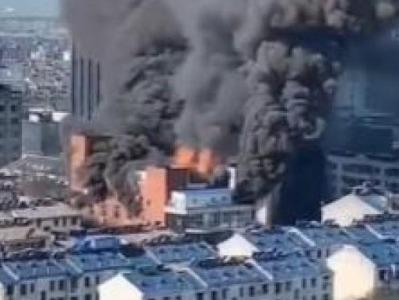 安徽池州一商场发生火灾:4人身亡,2人出院