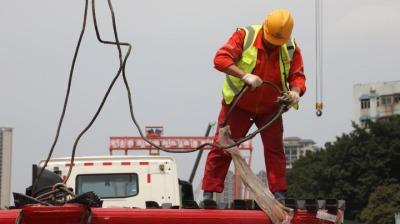 """""""巨无霸""""进场设备!珠海市环屏路施工即将进入高峰阶段"""