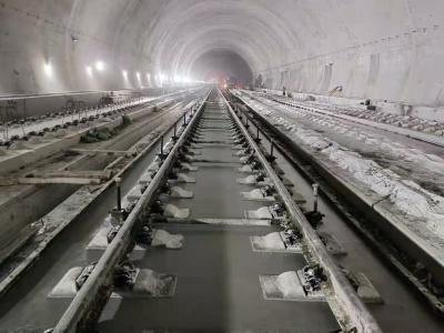 赣深高铁深圳段即将开始铺轨,预计年内开通