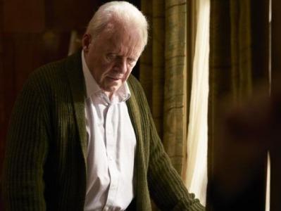《困在时间里的父亲》6月上映:它像一部悬疑片