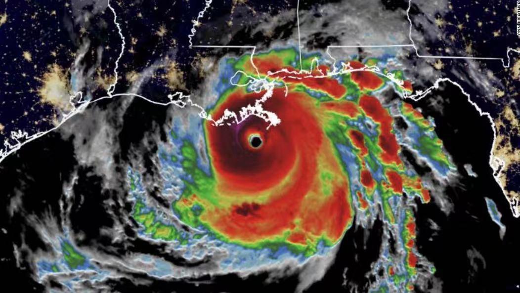 """飓风""""艾达""""穿越美国路易斯安那州,超50万户断电"""