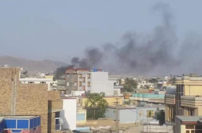 阿富汗喀布尔国际机场附近遭火箭弹袭击,已致2死3伤