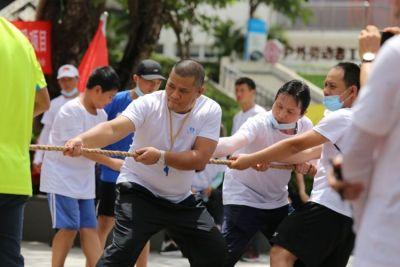 """""""暴走龙岗""""!龙岗区抗疫志愿者体育关爱公益活动举行"""