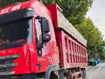 合肥货车司机超载被查喝农药?官方:核载31吨实载89.5吨