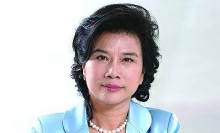 董明珠登顶福布斯2017中国最杰出商界女性排行榜