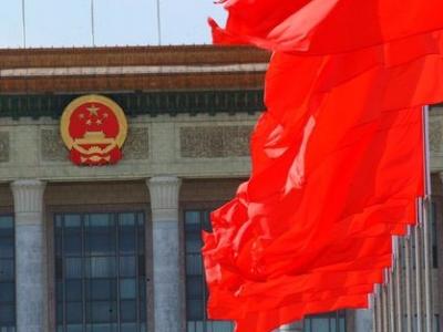 代表团讨论开放程度高 广东等团回答提问都超过1小时