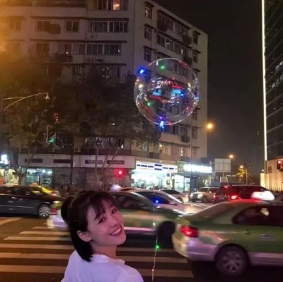 """注意!这种飘满街头的""""网红气球""""真炸了!4人紧急送医"""