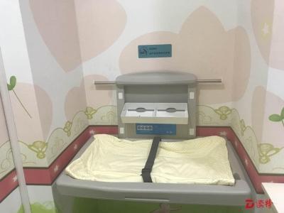 超贴心!碧岭街道行政服务大厅首家推出母婴室服务