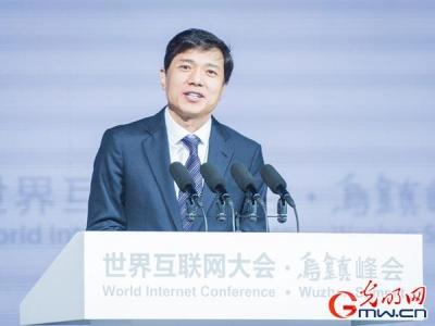 李彦宏:互联网已无人口红利但有技术红利 AI将成新动力