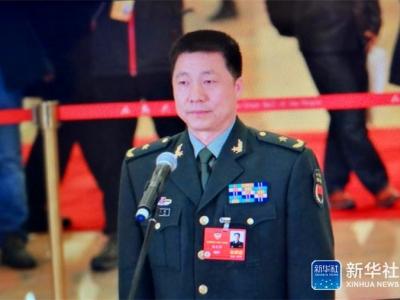 委员通道 | 杨利伟:今年选拔第三批航天飞行员