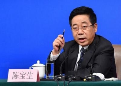 """教育部部长:中国""""玩命的中学 快乐的大学""""现象应扭转"""