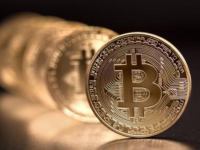 科技日报:比特币跌落神坛 区块链货币盛极而衰