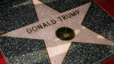 特朗普的星星老被砸,好莱坞星光大道还会抢修吗?