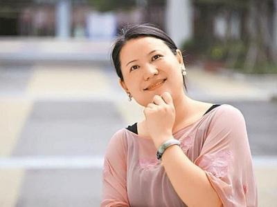 """深圳市直属学校""""年度教师""""谢芳芳:关注每个孩子成长的轨迹"""