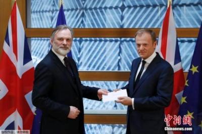 英首相:欧盟目前提案会使英国分裂 宁愿硬脱欧