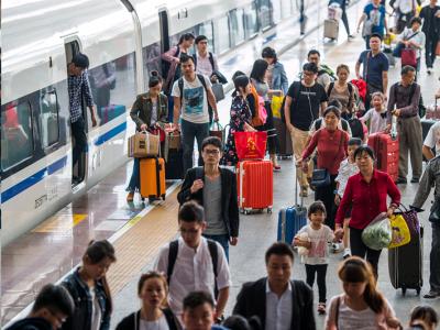 8月新增247人因严重失信被限乘火车,796人被限乘民航