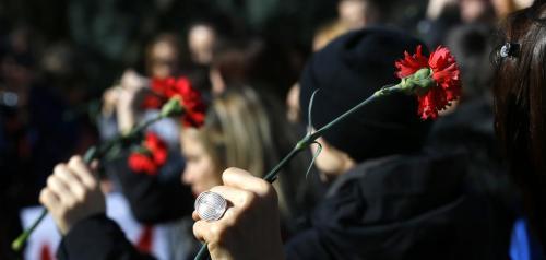 母亲被杀,女儿向韩国总统请愿:凶手是我爸,请处死刑