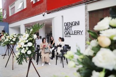 深圳这个公益展馆很特别 草根艺术家办展一律不收场地费