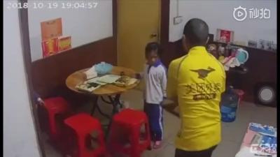 虐童视频男子找到了!确认其为美团前骑手 深圳警方介入调查