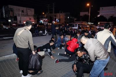 """深圳警方打掉一扰乱""""春运""""秩序涉恶团伙 刑事拘留8名涉案人员"""