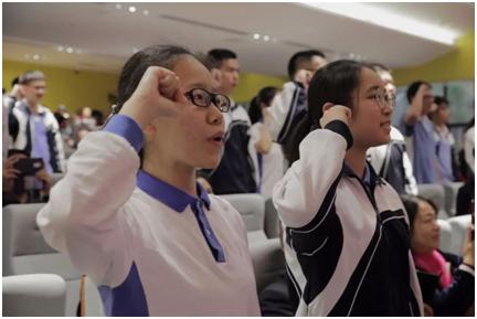 看完深圳南外高中的成人礼,真想再过一次18岁!