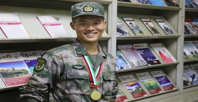 上等兵夺冠记 ——记驻香港部队某教导团军械员陈逸枫