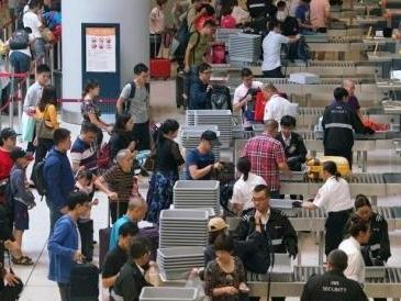 香港入境处:劳动节假期料有668万人次出入香港