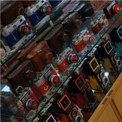 福田有座公益影像博物馆 典藏千台古董相机放映机