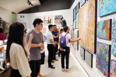 看展|热力图有什么故事?青年艺术家金俊杰带你一起探究