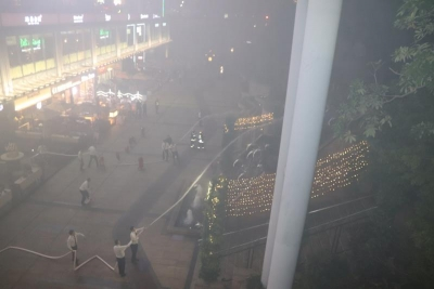 福田区皇庭广场室外充电桩起火